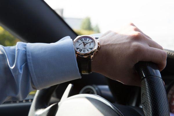 đồng hồ có chức năng chronograph