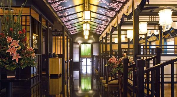 Những Địa Điểm Ăn Uống Lý Tưởng Nhất Trong Mùa Noel Nhà Hàng Yoshino