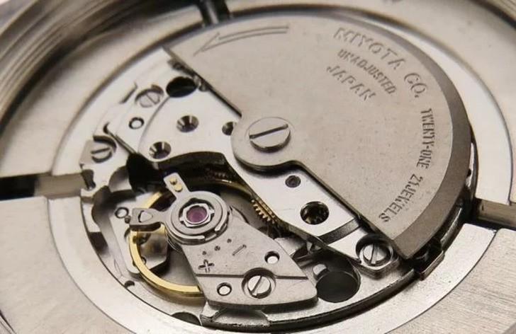 Đồng hồ Eco-Drive Citizen AR3010-65A năng lượng ánh sáng - Ảnh 2