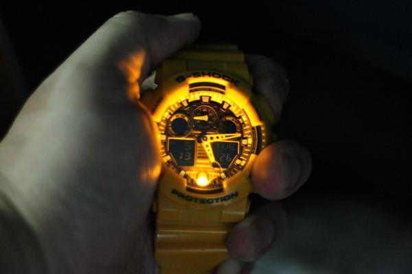 Giới Thiệu Và Đánh Giá Đồng Hồ G-shock (Mã: GA - 100A - 9ADR) Đèn LED