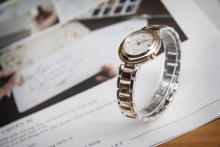 Đồng hồ nữ Citizen EM0335-51D nạp năng lượng bằng ánh sáng - Ảnh: 4