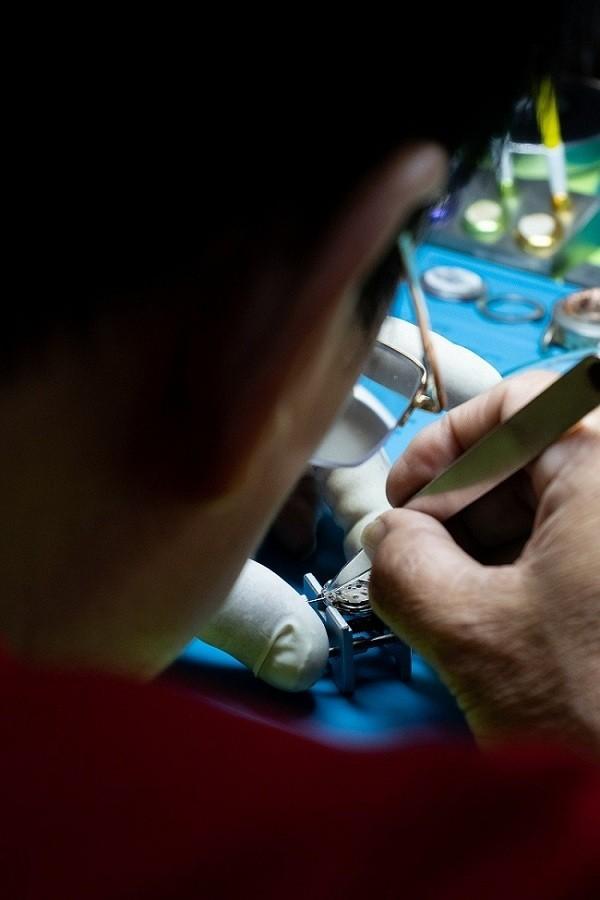 15 địa điểm sửa đồng hồ đeo tay ở TPHCM đạt chuẩn quốc tế - Ảnh: 12