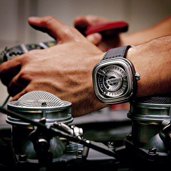 9-buc-anh-dep-nhat-ve-mau-dong-ho-sevenfriday-m1-1