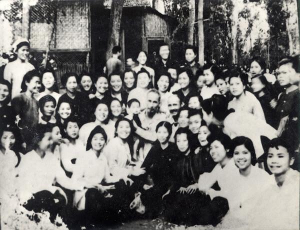 Lịch sử ra đời của ngày Phụ nữ Việt Nam