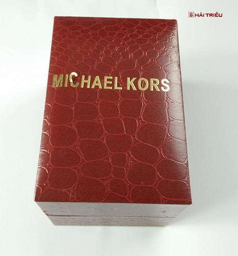 [Toàn Bộ] Cách Nhận Biết Đồng Hồ Michael Kors Thật Giả - Ảnh: 3