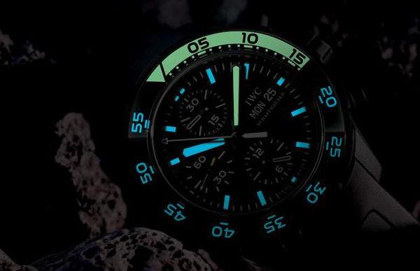 Đỉnh cao văn minh mang tên dạ quang đồng hồ 4