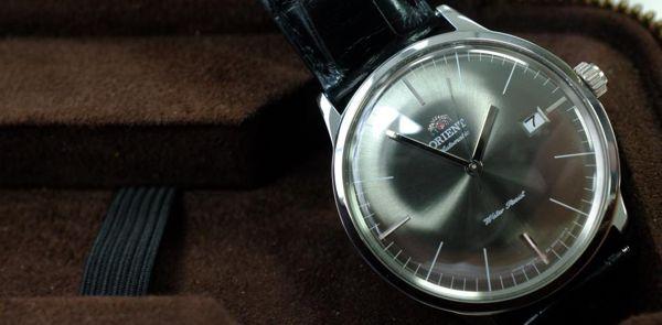 Huyền thoại tái hiện trên đồng hồ cơ Orient FER2400KA0 1