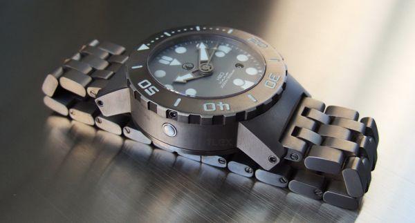 Nhận diện và tìm tòi các bí mật của đồng hồ lặn 2