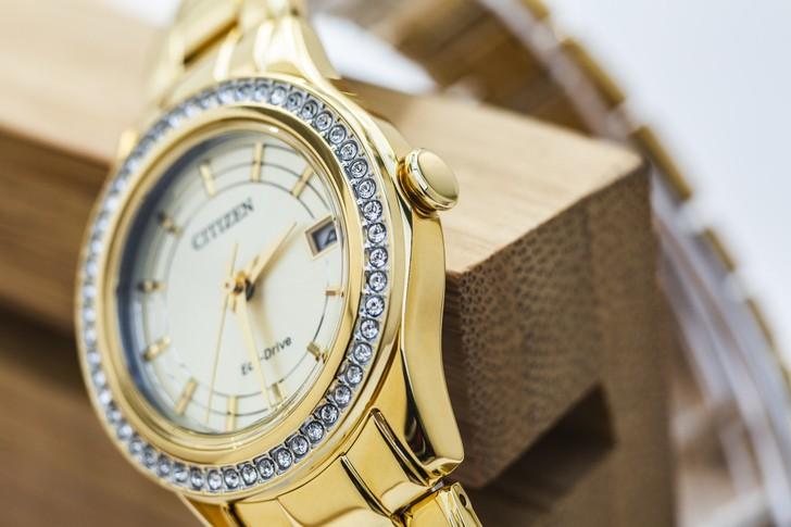 đồng hồ Citizen FE1122-88P: Những viên đá pha lê lấp lánh - Ảnh 3