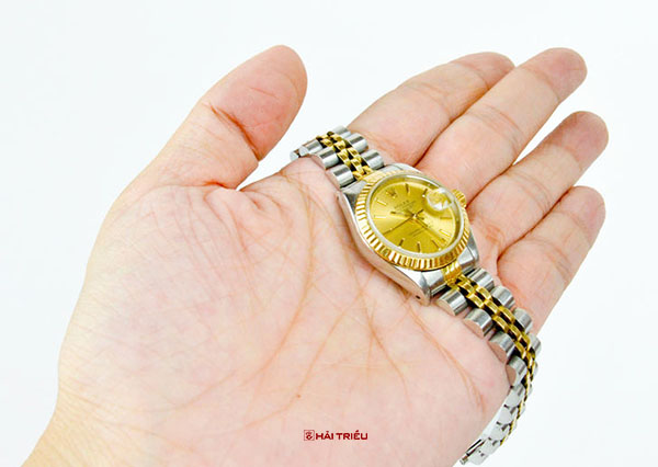 phan biet dong ho rolex that gia 9