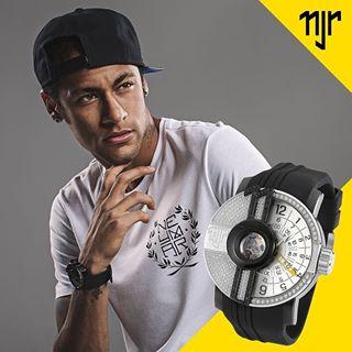 dong ho Neymar Jr Champion 1