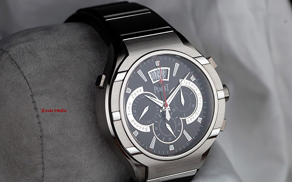 Fly-Back Chronograph