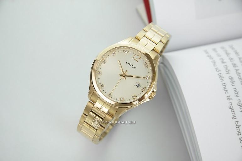 Đồng hồ Swarovski là gì? Ý nghĩa và công dụng trong đồng hồ - Ảnh: Citizen EV0052-50P