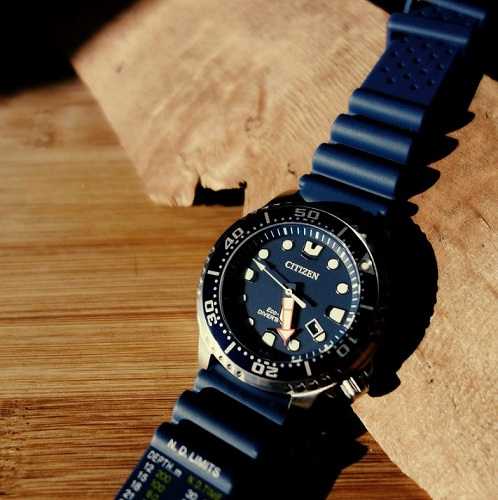 dong-ho-citizen-eco-drive-promaster-diver