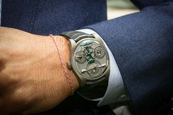 emmanuel-bouchet-boutique-edition-ahmed-seddiqi-sons-complication-one-b