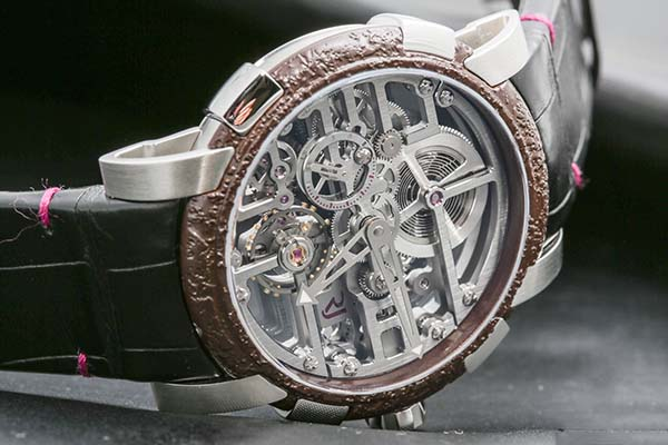 dong-ho-romain-jerome-difc-dna-a