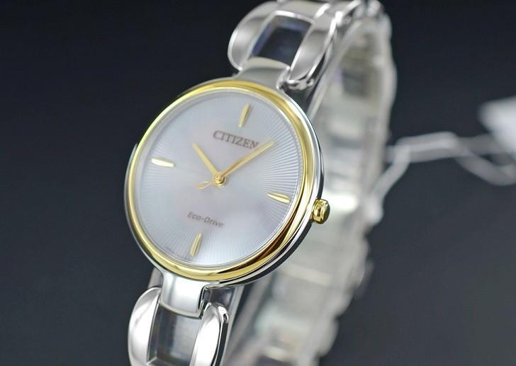 Đồng hồ Eco-Drive Citizen EM0424-88A năng lượng ánh sáng - Ảnh 2