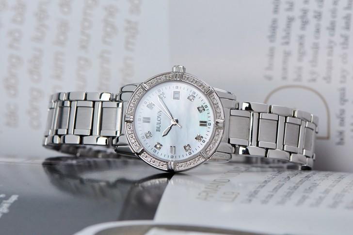 Đồng hồ Bulova 96R105: Sang trọng với thiết kế đính pha lê - Ảnh 1