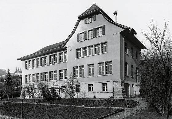 Lịch sử thương hiệu ORIS - Tên gọi bắt nguồn từ con suối quanh vùng đồi Holstein Thuỵ Sỹ 4