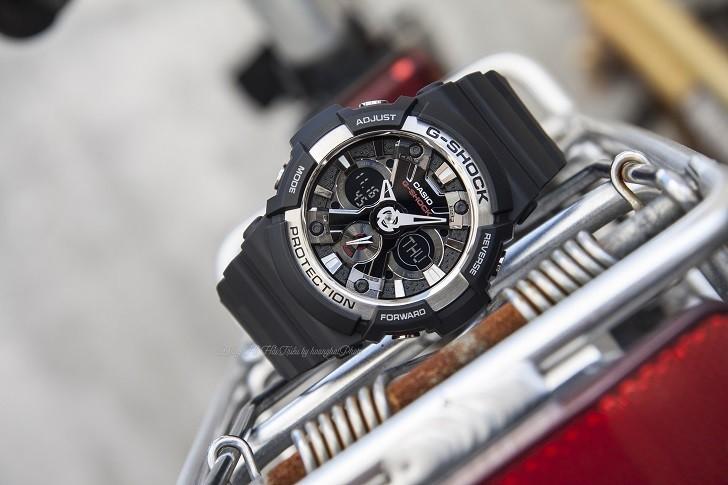 Đồng hồ thể thao G-Shock GA-200-1ADR thoải mái bơi lặn - Ảnh 3
