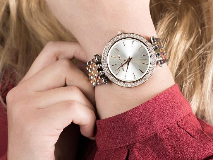 Đồng hồ Michael Kors MK3203 niềng đính pha lê sang trọng - Ảnh 2
