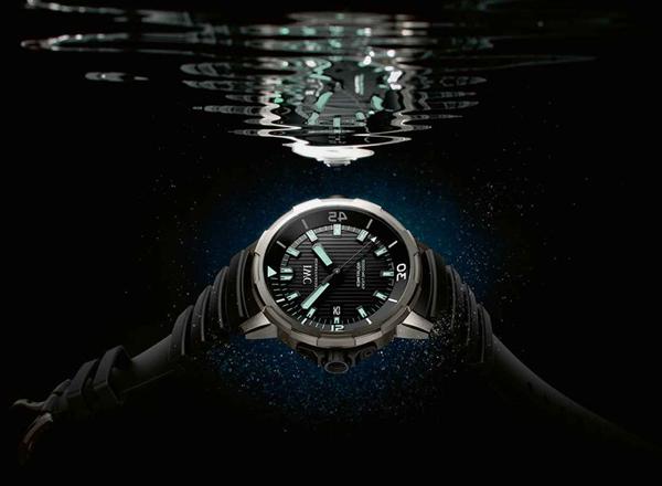 6 Mẫu Đồng Hồ Đặc Biệt Dùng Trong Những Cuộc Phiêu Lưu Khắc Nghiệt IWC Aquatimer Automatic 2000