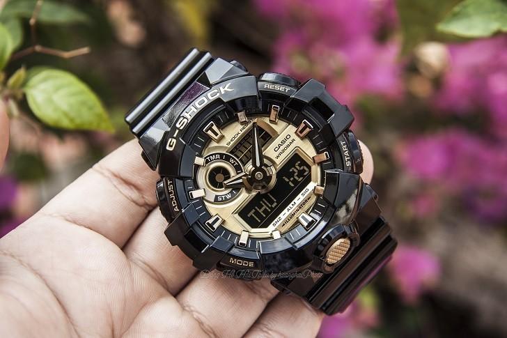 Đồng hồ G-Shock GA-710GB-1ADR giá rẻ, thay pin miễn phí - Ảnh 1