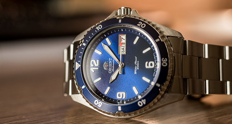 sức hút từ đồng hồ orient mako II
