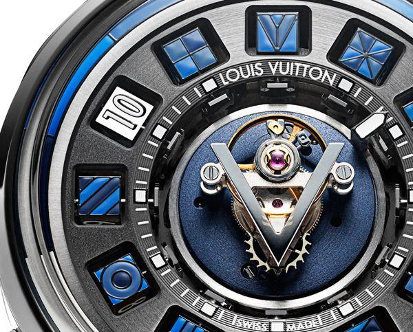 LVMH Group, Tập Đoàn Đồng Hồ Lớn Thứ 3 Thế Giới Sở Hữu TAG Heuer, Hublot, Zenith Louis Vuitton Escale Spin Time Tourbillon Central Blue