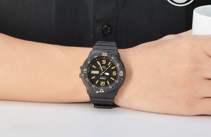 Đồng hồ Casio MRW-200H-1B3VDF giá rẻ, thay pin miễn phí - Ảnh 1