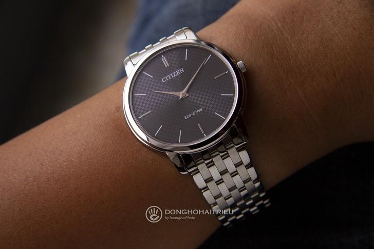 Đồng hồ Citizen AR1130-81H: Thiết kế trẻ trung, không lo hết pin - Ảnh: 1