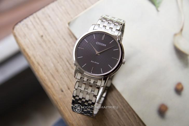 Đồng hồ Citizen AR1130-81H: Thiết kế trẻ trung, không lo hết pin - Ảnh: 2