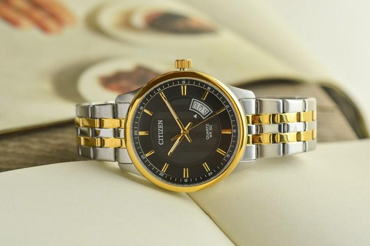 Đồng hồ Citizen BI1054-80E giá rẻ, được thay pin miễn phí - Ảnh 1
