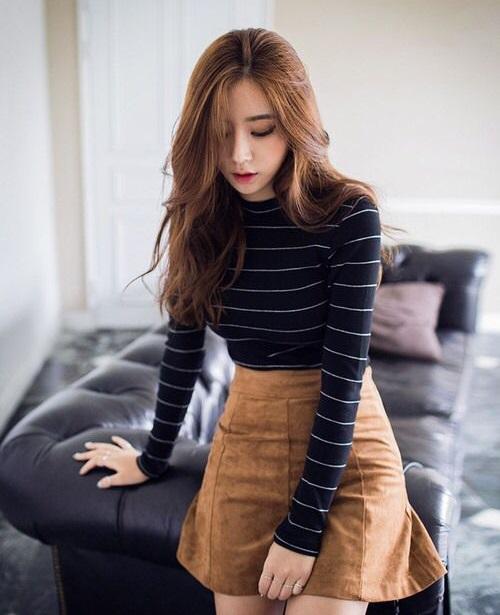 chân váy công sở kiểu Hàn Quốc caro với chiếc áo khoác dạ dàng vest 9