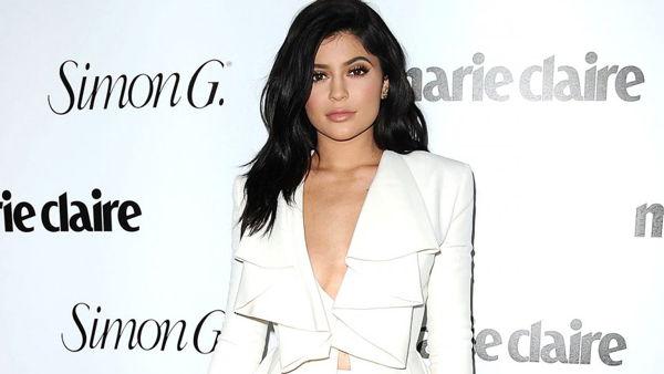 Phát Hiện Sở Thích Đeo Đồng Hồ Của 25 Người Nổi Tiếng Ở Hollywood Kylie Jenner
