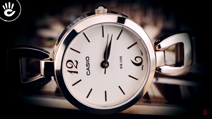 Đồng hồ Casio LTP-E402PG-9AVDF ấn tượng với sắc hồng nữ tính - Ảnh 1