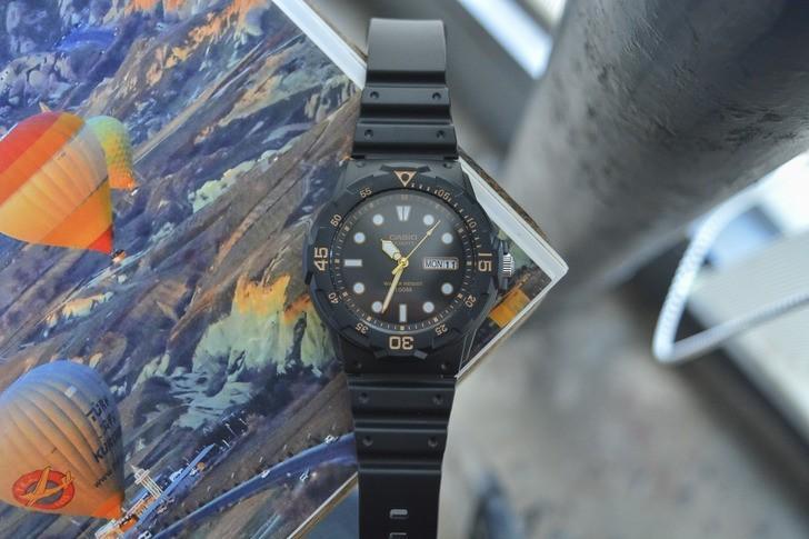 Đồng hồ Casio MRW-200H-1EVDF giá rẻ và thay pin miễn phí - Ảnh 6