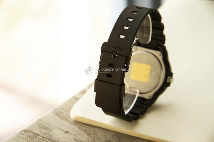 Đồng hồ Casio MRW-200H-1EVDF giá rẻ và thay pin miễn phí - Ảnh 4