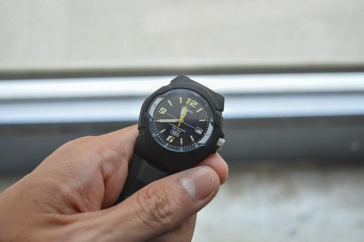 Đồng hồ Casio MW-600F-1AVDF giá rẻ và thay pin miễn phí - Ảnh 2