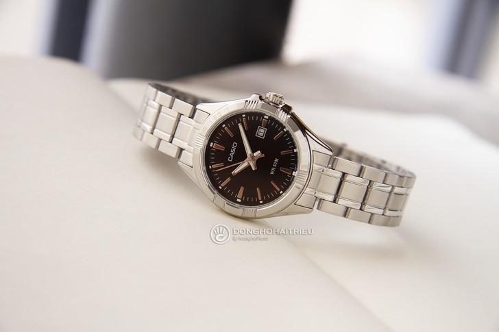 Đồng hồ Casio LTP-1308D-1AVDF giá rẻ, thay pin miễn phí - Ảnh 1