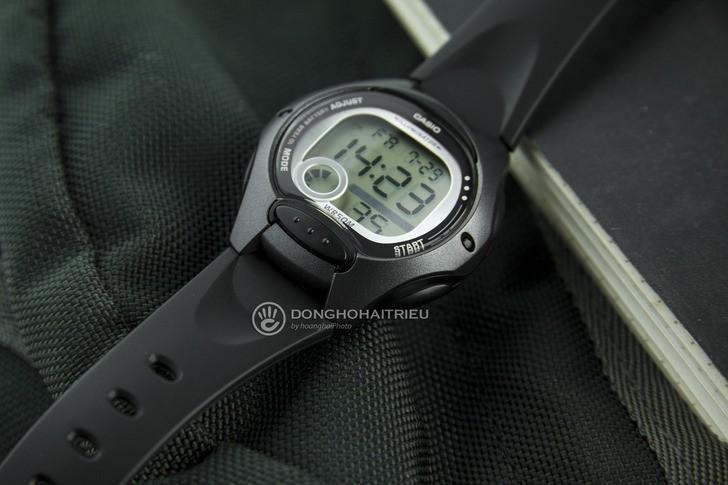 Đồng hồ Casio LW-200-1BVDF giá rẻ, được thay pin miễn phí - Ảnh: 2