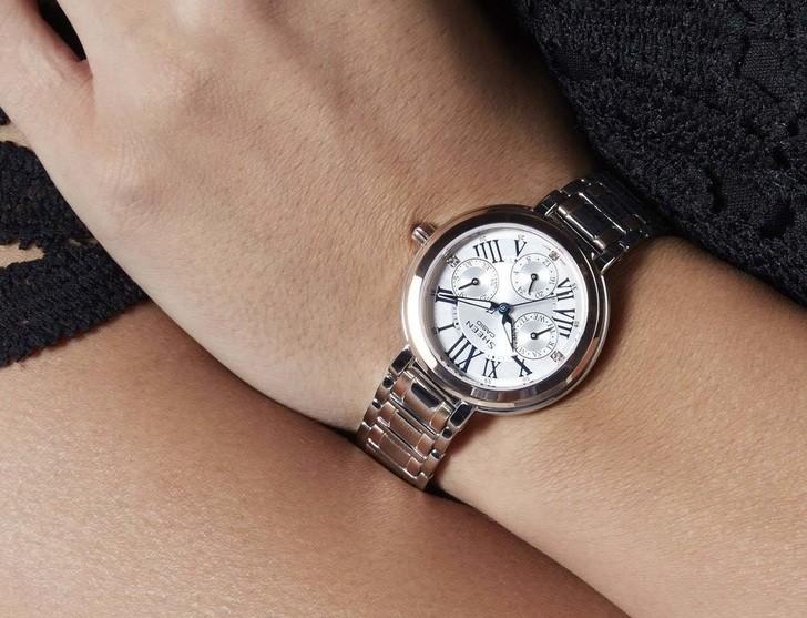 Đồng hồ Casio SHE-3034SG-7AUDR sở hữu vẻ ngoài sang trọng, tinh tế - Ảnh 1