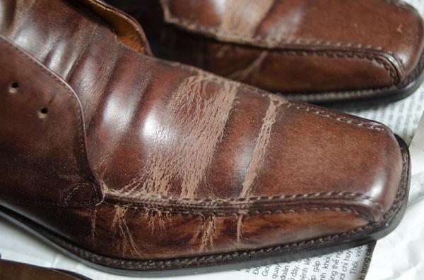 giày công sở giá rẻ rạn da