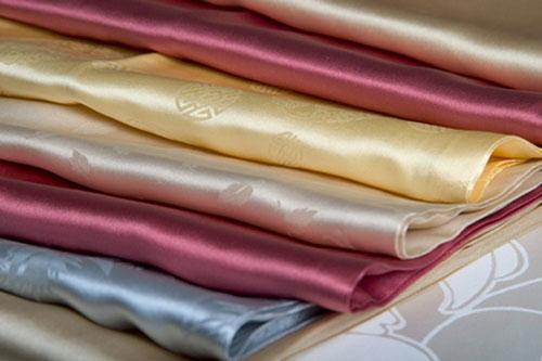 tìm hiểu về loại vải may váy công sở liền thân 2