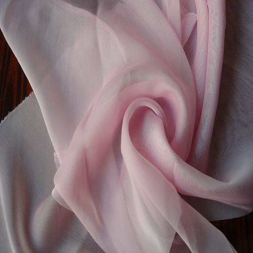 tìm hiểu về loại vải may váy công sở liền thân 3
