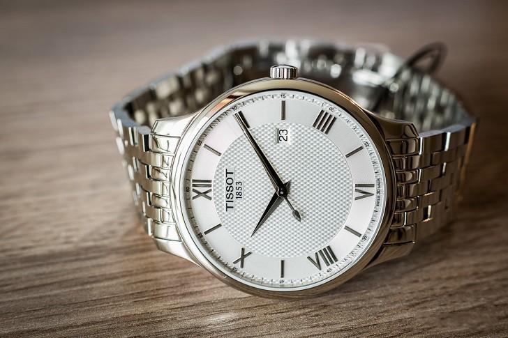 Đồng hồ Tissot T063.610.11.038.00 nam thiết kế tối giản - Ảnh: 6