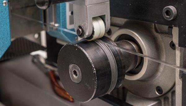 Ống Tritium Phát Sáng Trên Đồng Hồ Đeo Tay Dạ Quang Được MB-MICROTEC Sản Xuất Như Thế Nào Se Nhỏ