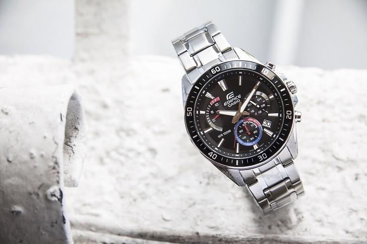 Đồng hồ Casio EFR-552D-1A3VUDF 100m thoải mái bơi lội - Ảnh: 1