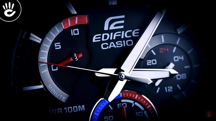 Đồng hồ Casio EFR-552D-1A3VUDF 100m thoải mái bơi lội - Ảnh: 2