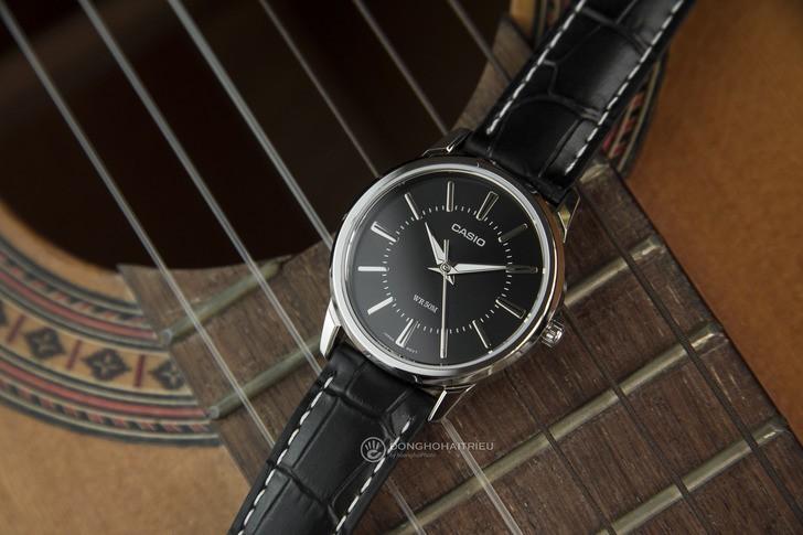 Đồng hồ Casio LTP-1303L-1AVDF giá rẻ, thay pin miễn phí - Ảnh 2